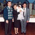 Arménio Grácio com os pais no baptizado da sobrinha Cristiana.