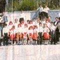 Dorinda Anjos Martins, com o Rancho Infantil-Juvenil do Manjerico (Benfeita)
