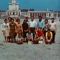 Ana do Carmo (à esq.), familiares e amigos, durante um convívio em Fátima (1973)