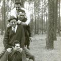 Luciano Nunes (em baixo) com amigos em Lisboa