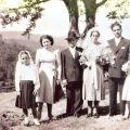 Américo e Maria da Conceição, na companhia de Arlete e Lurdes(sobrinhas) e Amélia e António (cunhados), no dia do casamento