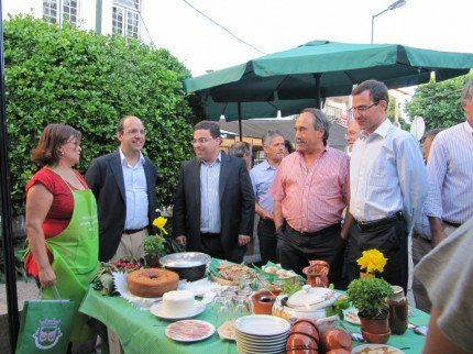 A abertura da Feira e a visita à Tasquinha de Pomares