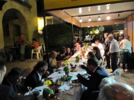 A Filarmónica de Pomares a jantar