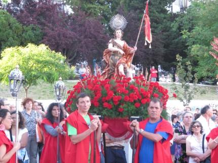 Procissão de São João Baptista em Almada