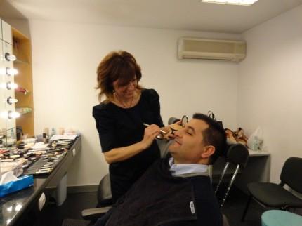António Simões na maquilhagem