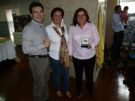 Ana Maria recebeu a medalha de 50 anos de associado, do pai José Lopes
